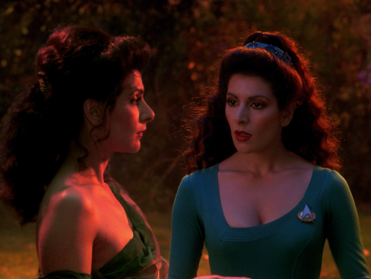 Deanna Troi - styling and shopping advice needed ...